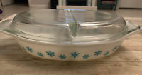 Vtg 1953 Pyrex Snowflake Turquoise White 1.5 Qt. Divided Dish Casserole look new