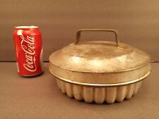 Vintage Fluted Steamed Plum Pudding Mold w/ Locking Lid Kitchenware 1930's era