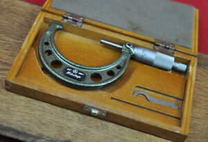 Mitutoyo 103-217 Outside Micrometer with Case .0001 READ! NO RESERVE!