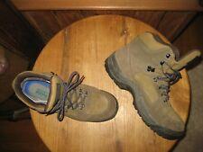 Vasque   GORE TEX     7490    Hiking  Boots    Made In Korea      Mens  US  11.5