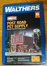Walthers HO #933-3660 Post Road Pet Supply -- Kit Form (Building Kit)