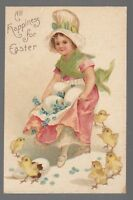 [42878] OLD EASTER POSTCARD CLAPSADDLE UNSIGNED GIRL CARRYING EGGS WITH CHICKS
