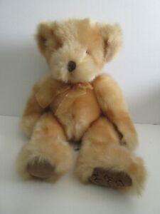Russ Berrie Hugs Teddy Bear