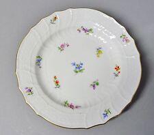 (G991)  Meissen Neubrandenstein Teller mit Streublumen, Goldrand, D= 18,5 cm