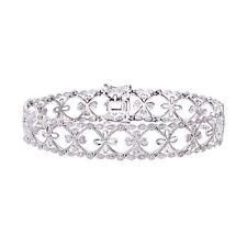 Naava Women's 9 ct White Gold Four Leaf Clover Diamond Bracelet of Length 18 cm