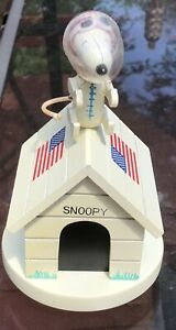 1969 Snoopy Astronaut Red Baron Wooden Music Box Schmid Fly Me To The Moon