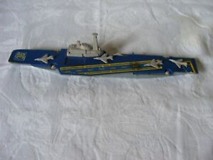 used MATCHBOX SEA KINGS K-304 AIRCRAFT CARRIER WITH 4 AIRCRAF-ready to take off