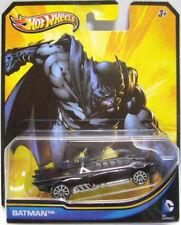HOT WHEELS: 2013 DC UNIVERSE DC COMICS BATMAN BATMOBILE 1:64 DIECAST CAR