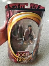 LOTR TT TWO TOWERS FRODO WITH LIGHT-UP STING SWORD ACTION FIGURE