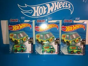 LOT OF (3) THE MYSTERY MACHINE HOT WHEELS,SCOOBY-DOO!,NEW FOR 2021,E CASE!!!!!!!