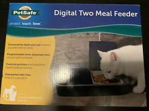 PetSafe Digital Two Meal Feeder PFD00-15426 For Small to Medium Dogs or Cats NEW