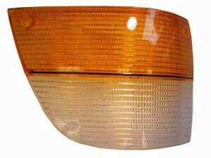 Saab 900 Front Right Passenger's Side Turn Signal Lens 1981-1987 8533510