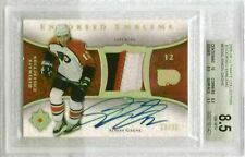 2005-06 ULTIMATE COLLECTION SIMON GAGNE ENDORSED EMBLEMS PATCH/AUTO #/35 BGS 8.5
