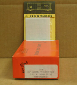 JUNECO K-8 HO Canadian Pacific 36' Truss Rod Reefer, Wood and Metal kit w/CDS