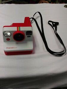 Polaroid Now Autofocus I-Type Instant Camera red