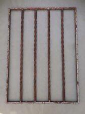 81 X 59,5 cm - Ancienne grille en fer forgé torsadé