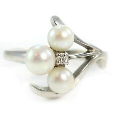 VINTAGE 14K White Gold Triple White Cultured Pearl Ring Size 5 Diamond Accent