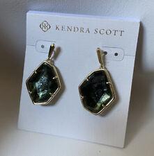 New Kendra Scott Dax Earring in Green Sage Mica $70.00