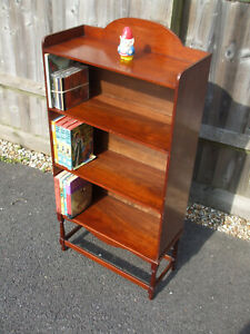 Antique Edwardian mahogany bookcase, pretty and practical, fast economy post
