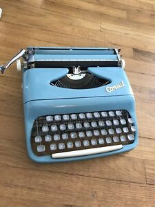 50s 1960s Vintage Consul Typewriter Model 1531 Full baby Blue ExcellentCondition