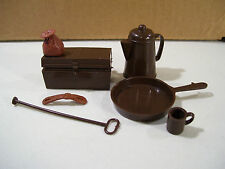 VINTAGE LOT OF JOHNNY WEST CAMP ACCESSORIES FRYING PAN COFFEE POT MUG CHEST
