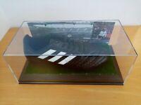 Fußballschuh Uli Hoeneß signiert Autogramm Fußball Deutschland Weltmeister 1974