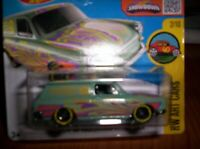 VOLKSWAGEN SQUAREBACK VERDE - HOT WHEELS - SCALA 1/55