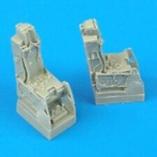 QUICKBOOST 1/72 F16D Ejection Seat w/Safety Belts  QUB72087