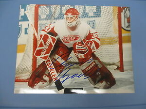 CHRIS OSGOOD DETROIT RED WING AUTOGRAPHED 16x20 ACTION