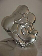 Wilton Band Leader Mickey Mouse Character Cake Pan 515-302