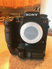 Sony Alpha A700 12.2 MP DSLR Digital Camera Body and VG-C70AM vertical grip