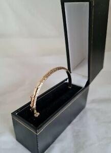 Modern 9ct Yellow Gold cuff bangle. Birmingham 1989 .By Bracelon Ltd