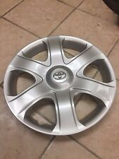 "(1) Used 16"" Toyota Matrix Wheel Cover- Hollander #61149"