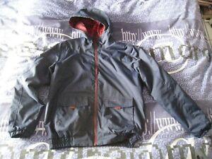 LOT vêtements parka imperméable 3 en 1 + blouson réversible 14 ans 120€ QUESHUA