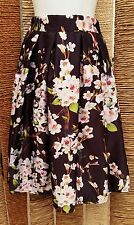 CHICING BNWT Ladies Floral Full Skirt Size Small