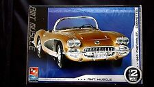 Model Kit 1960 Chevrolet Corvette 3n1 Kit AMT Muscle 1:25