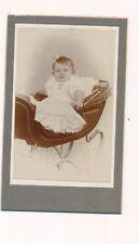CDV bébé fillette en poussette landau vintage robe blanche bijou noeud mode