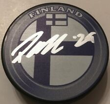 PATRIK LAINE SIGNED TEAM FINLAND HOCKEY PUCK W/CASE JETS COA