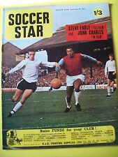 Soccer Star Magazine, 29.09.1967. Team pictures of Dundee and Walsall