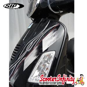 Beading / Trim Legshield Black Plastic LEFT & RIGHT Vespa GTS/GTS Super /GTV