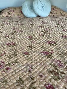 Vintage Peach Pink And Sage Green Floral Cotton Quilt Reversible