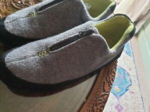 Clarks mens slippers 10