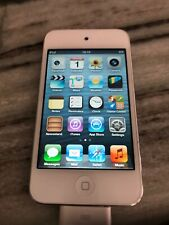 Apple iPod touch 4th Generation White (32 Gb) Very Nice Condition.