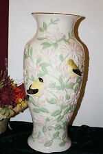 Lenox A Touch Of Honeysuckle Goldfinch Vase 16 Bas-relief Limited Edition New