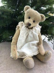 kleines süsses Bären Mädchen / Teddybär Bear