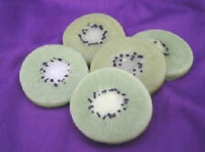 Kiwi Slices, Wax, 10 Pieces