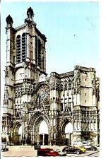 CP 10 AUBE - Troyes - La Cathédrale - Le Grand Portail et la Tour Saint-Pierre