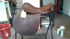 "Stubben Athos I Saddle Made in Switzerland 17"" Seat 31cm    Great Condition"