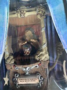 Dark Carnival Madam Mortuus The Misfortune Teller Mezco toyz figure New in Box