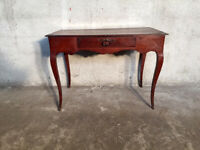 Antique and Elegant Louis XV Coffee Table in Cherry - Restored (in progress)
